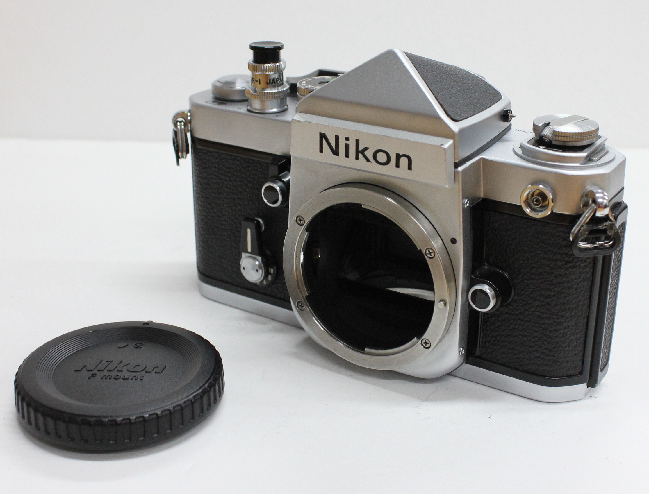 [Near Mint] Nikon F2 Eye Level 35mm SLR Film Camera w/ DE-1 View Finder S/N 803** from Japan