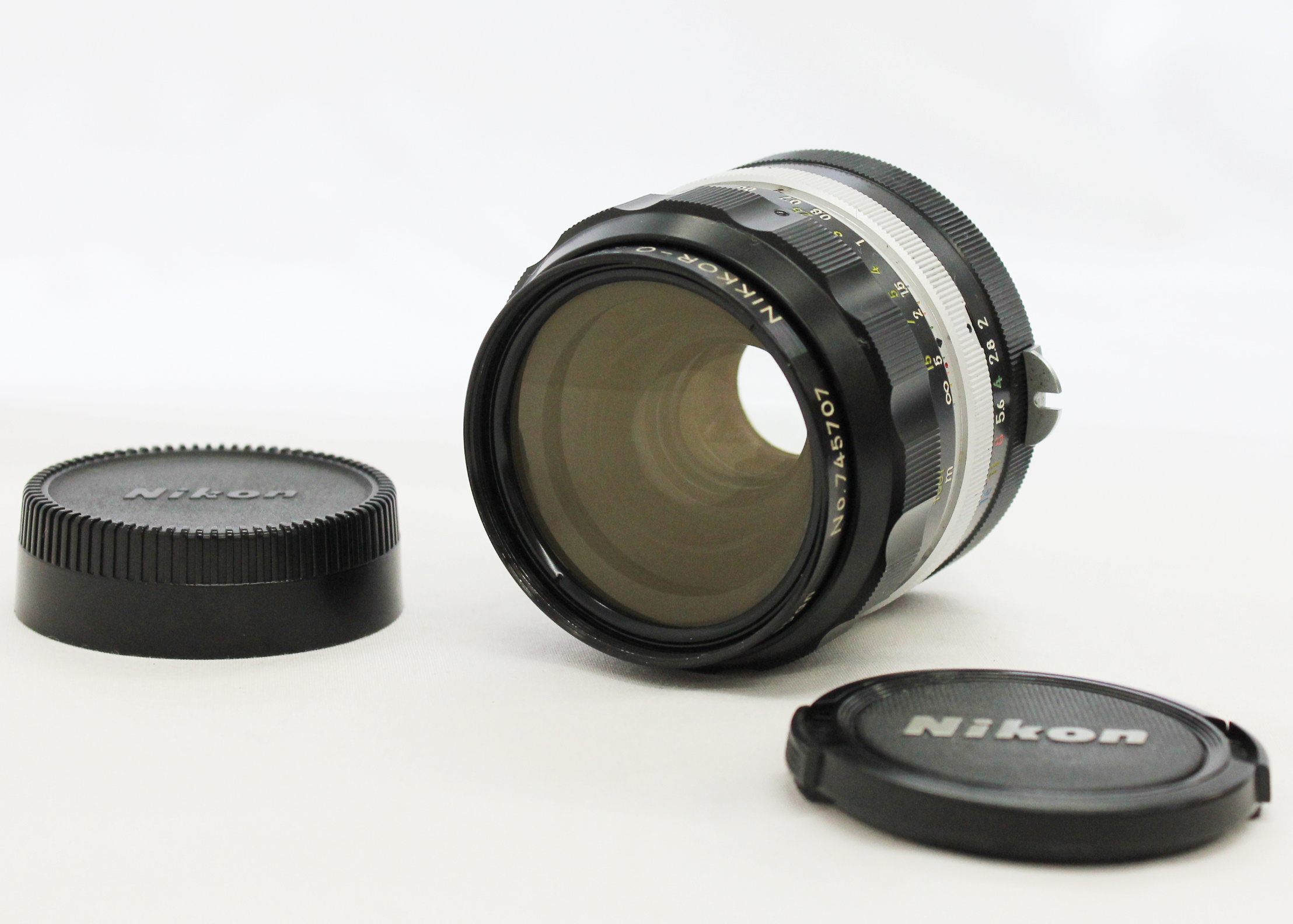 [Excellent+++++] Nikon Nikkor-O Auto 35mm F/2 Non-Ai Wide Angle MF Lens from Japan