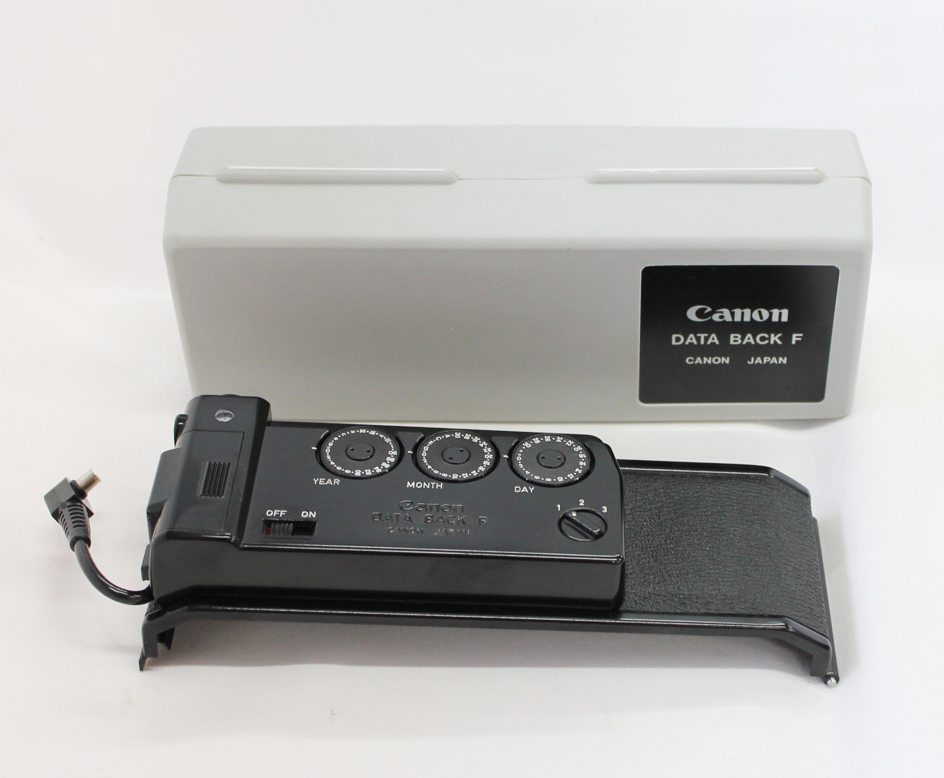 Japan Used Camera Shop | [Near Mint] Canon Data Back F in Case for Canon F-1 from Japan