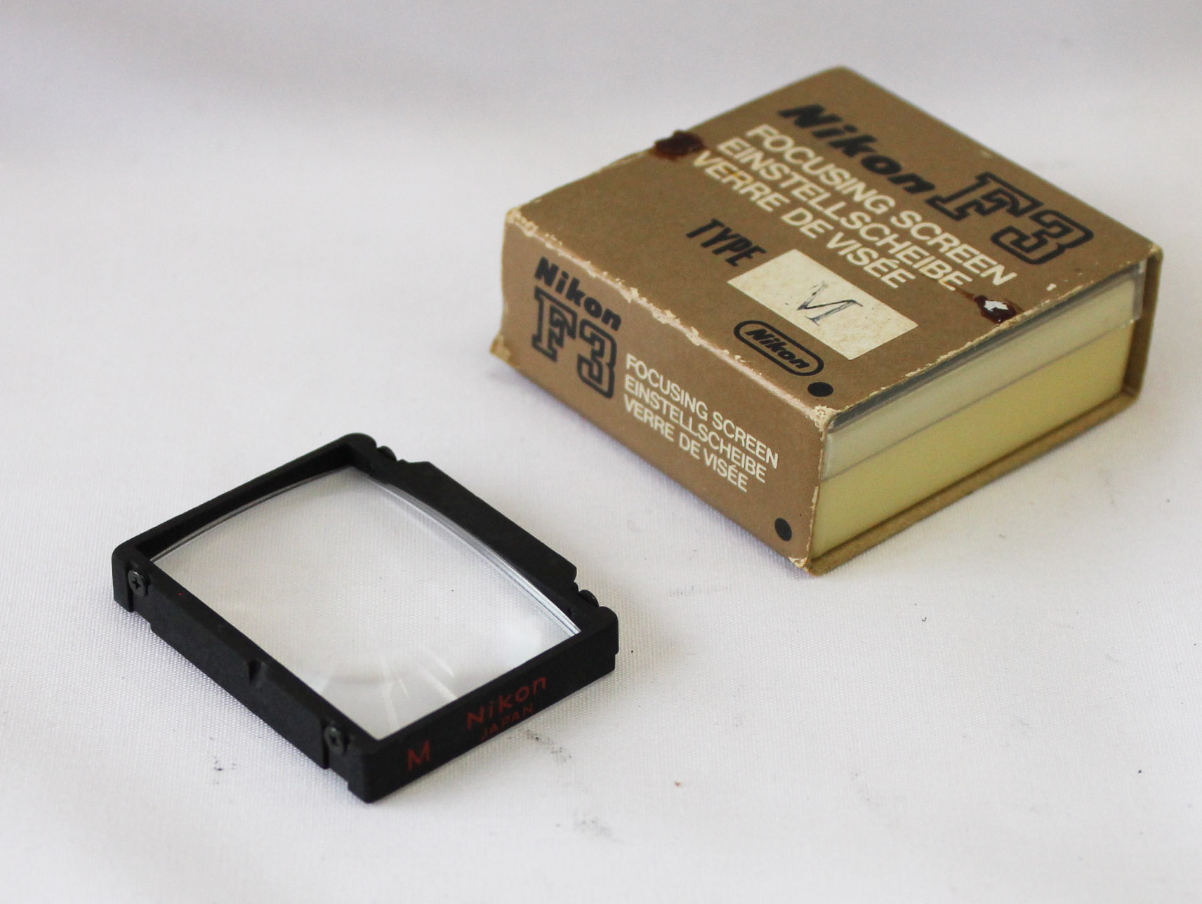 Japan Used Camera Shop | Nikon F3 Focusing Screen Type M in Case/Box from Japan