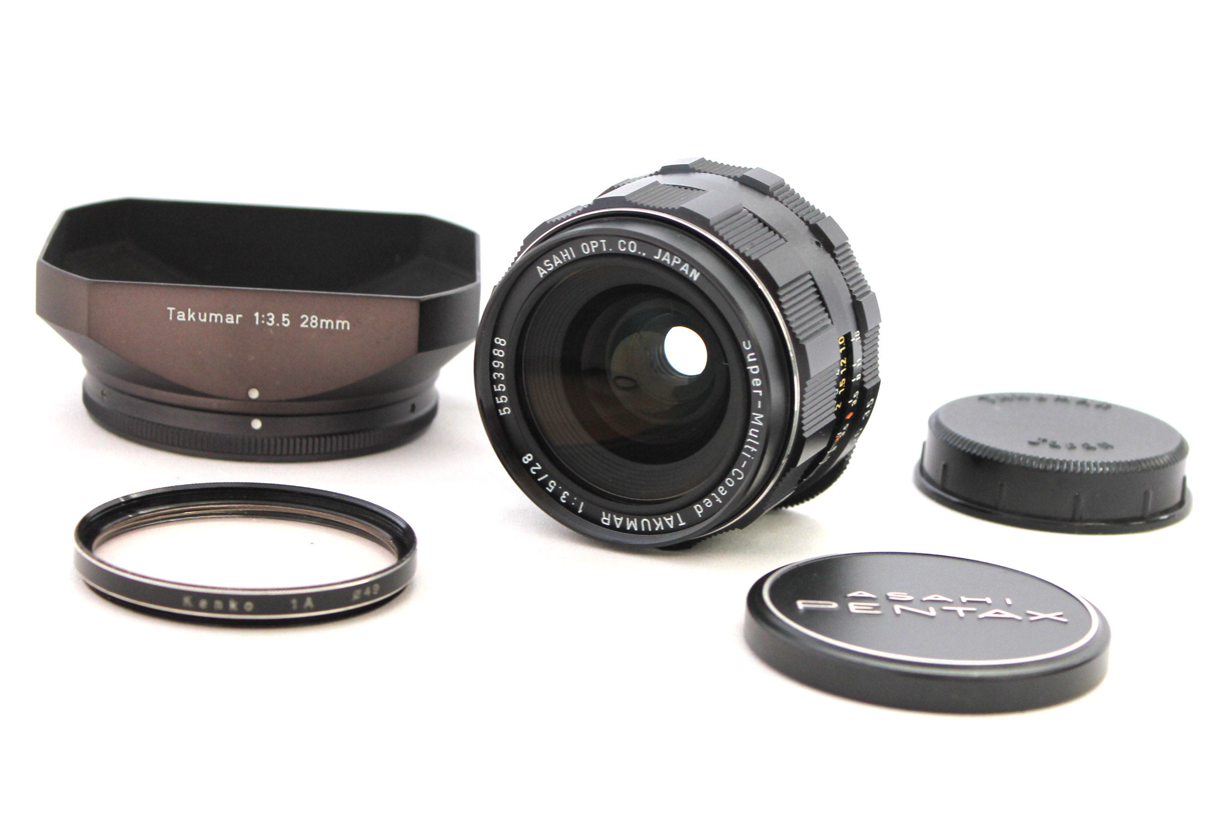 Japan Used Camera Shop | [Near Mint] Pentax SMC Super-Multi-Coated Takumar 28mm F/3.5 M42 Lens with Hood from Japan