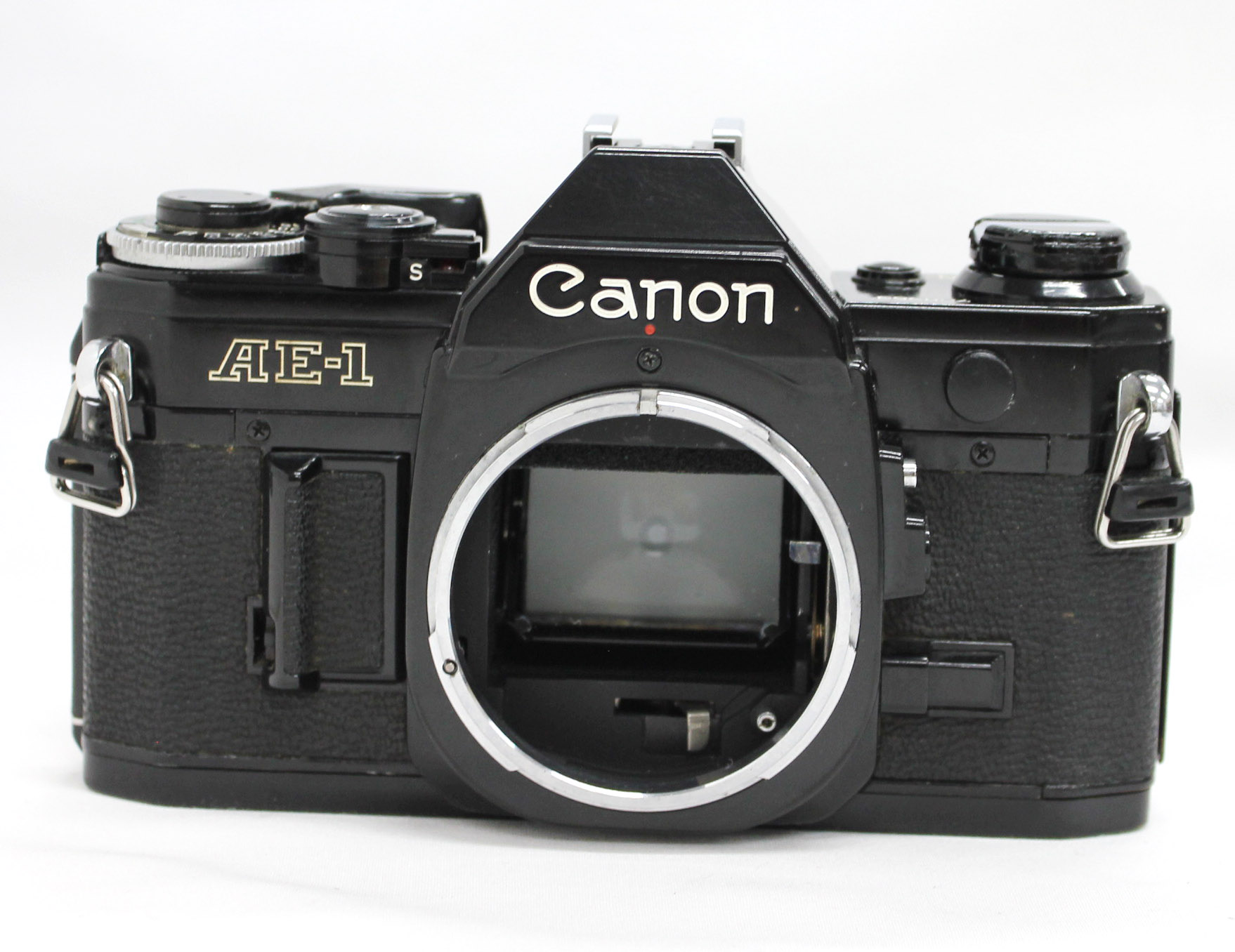Canon AE-1 35mm SLR Film Camera Black with New FD 35-70mm F/3.5-4.5 Bonus Lens from Japan Photo 3